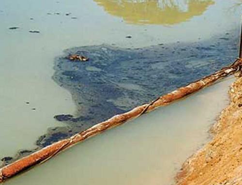 Barriera idrocarburi flottante